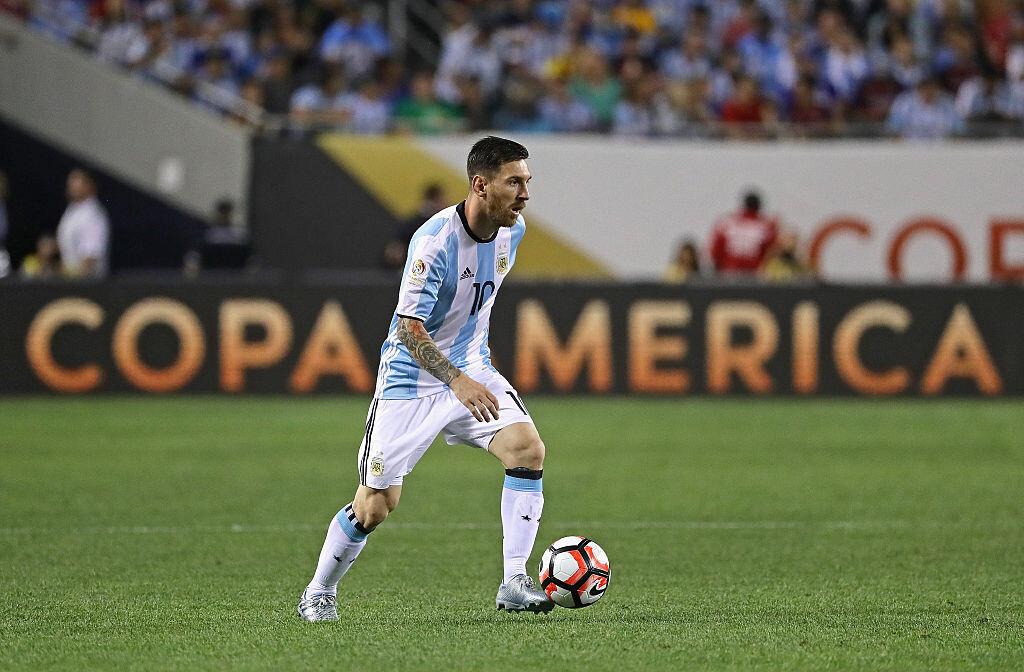 Anunció su renuncia tras la final ante Chile