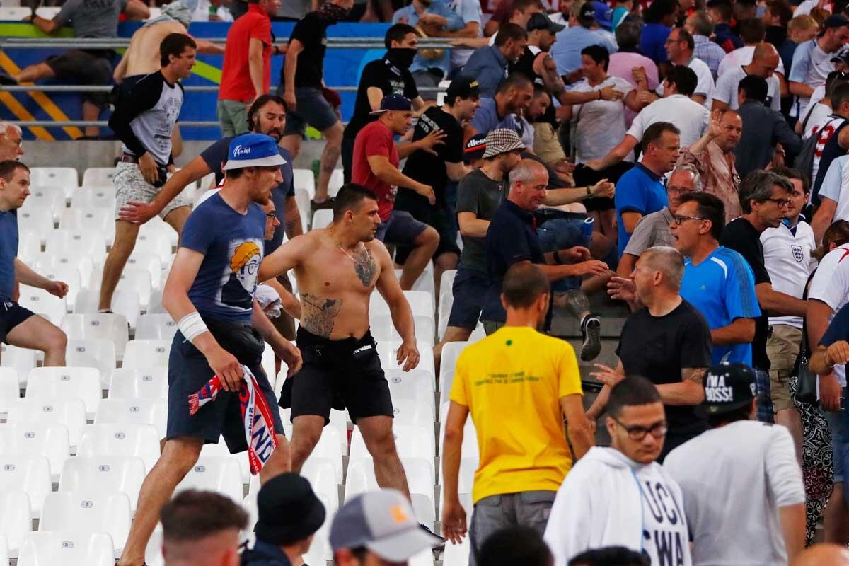 Fans del Inglaterra-Rusia