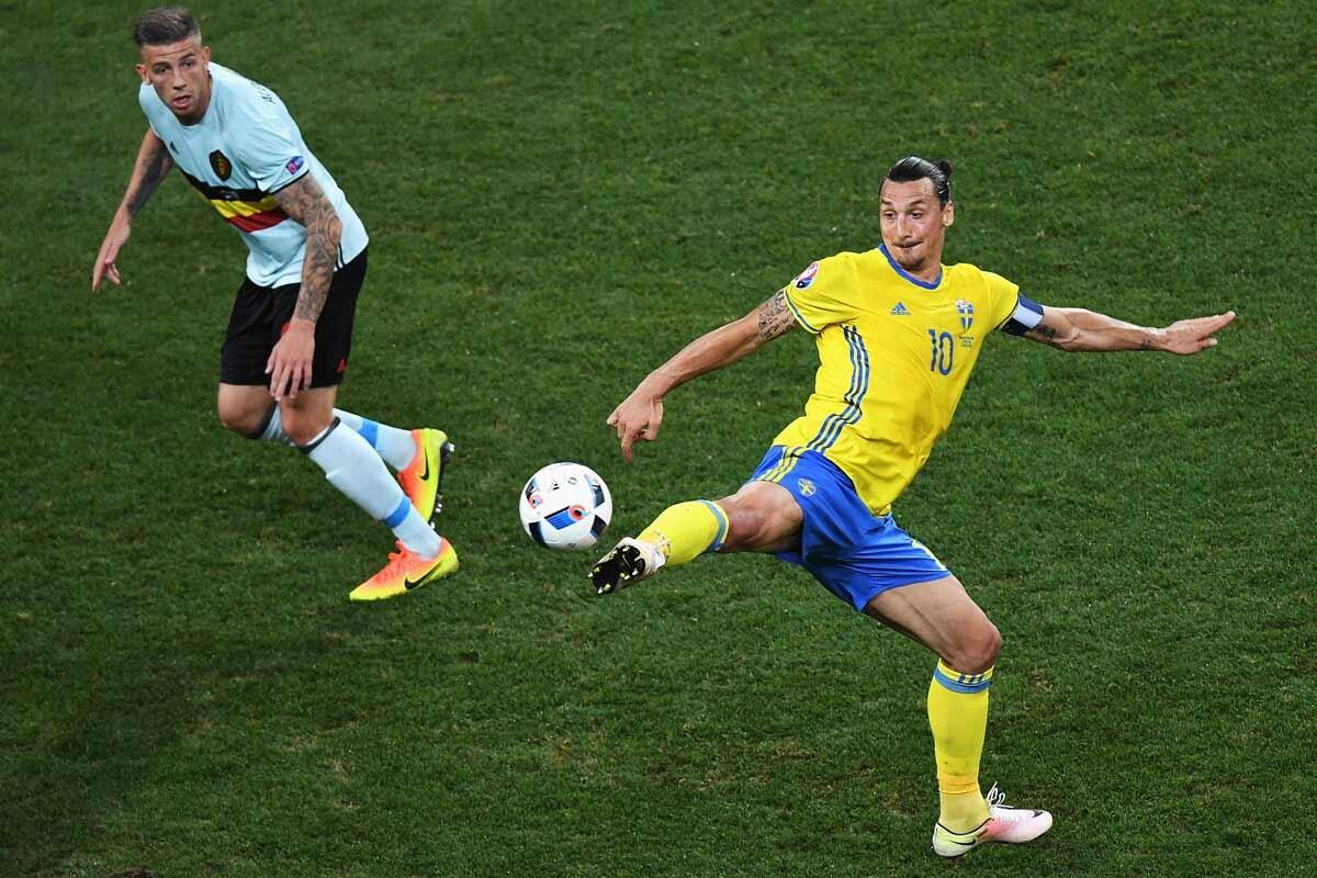 Zlatan Ibrahimovicy Victor Lindelof