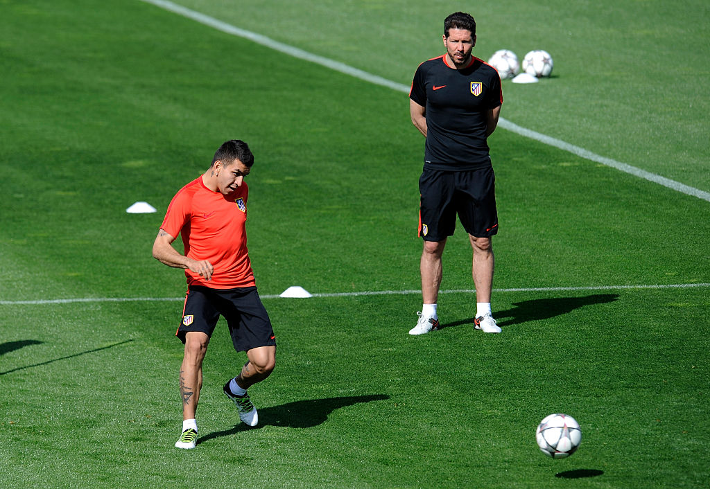 Ángel Correa con Diego Simeone