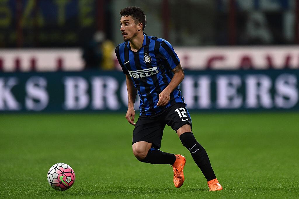 Telles con el Inter de Milán