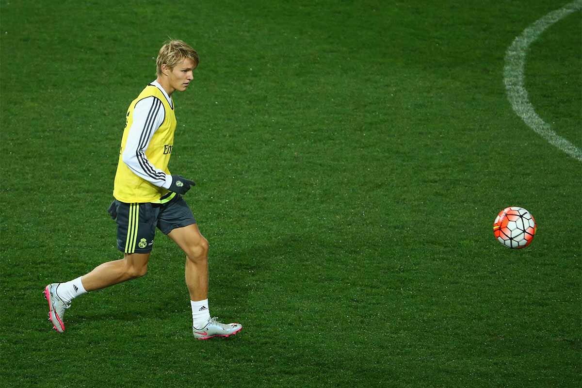 Martin Odegaard, con el primer equipo del Real Madrid