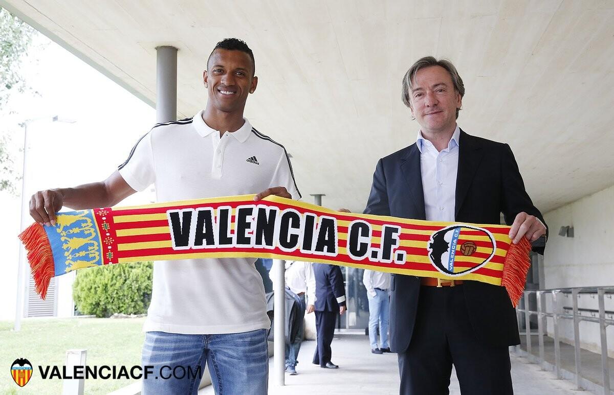 Llegada Nani a Valencia CF