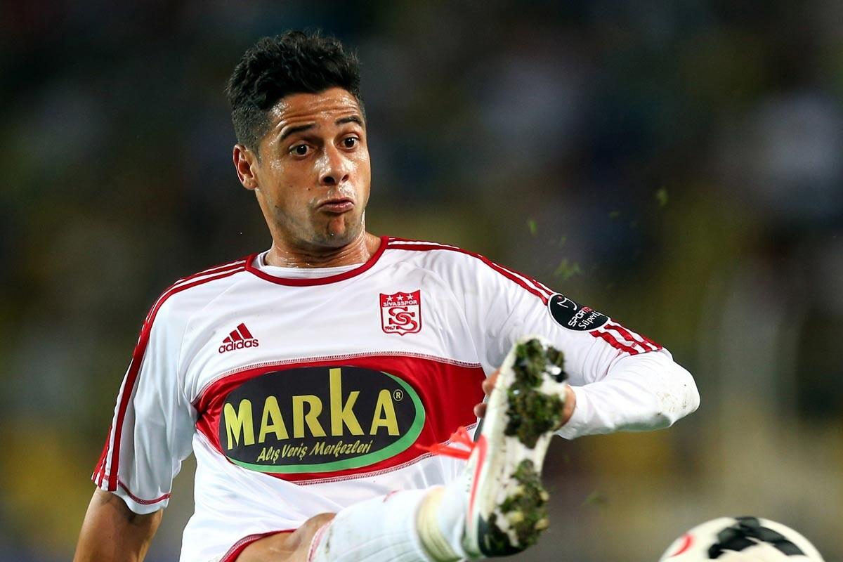 Cicinho, jugador del Sivasspor
