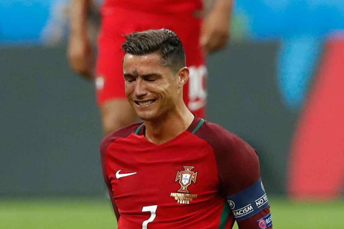 Cristiano Ronaldo, tras su lesión en la final