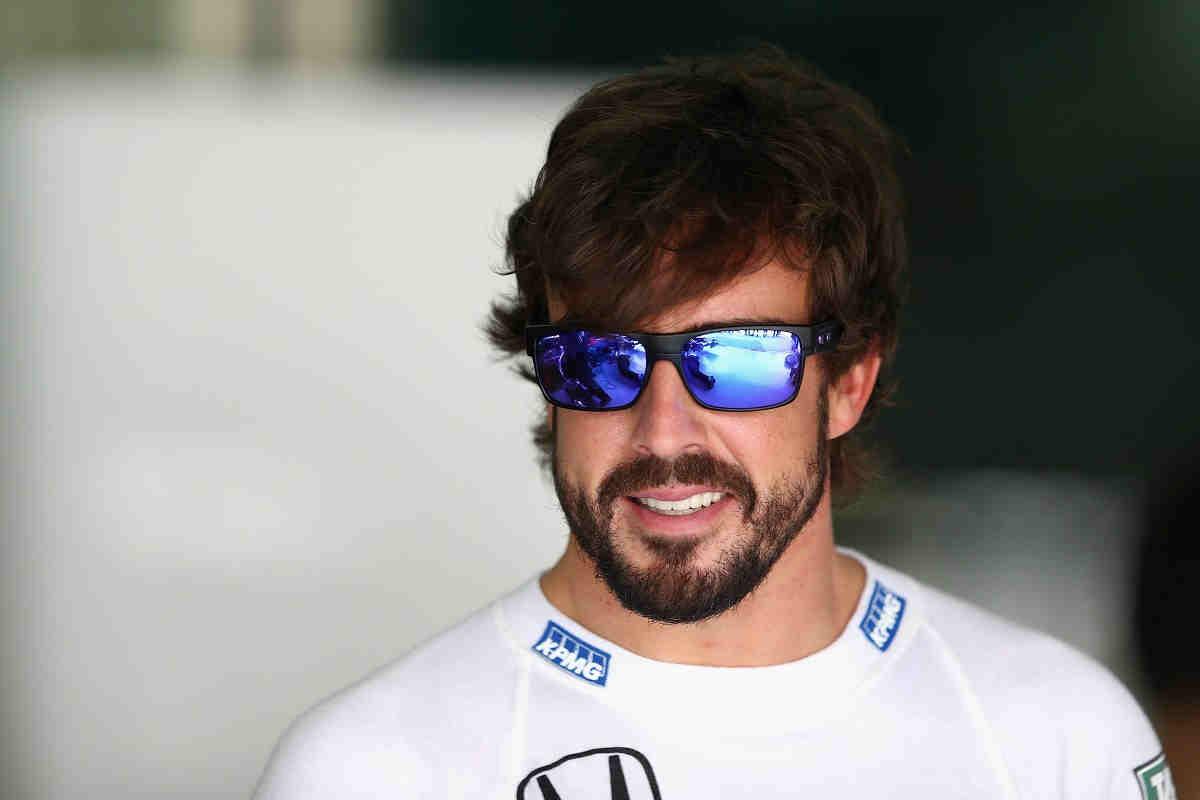 Se cumplen 20 años del título mundial de kárting de Alonso