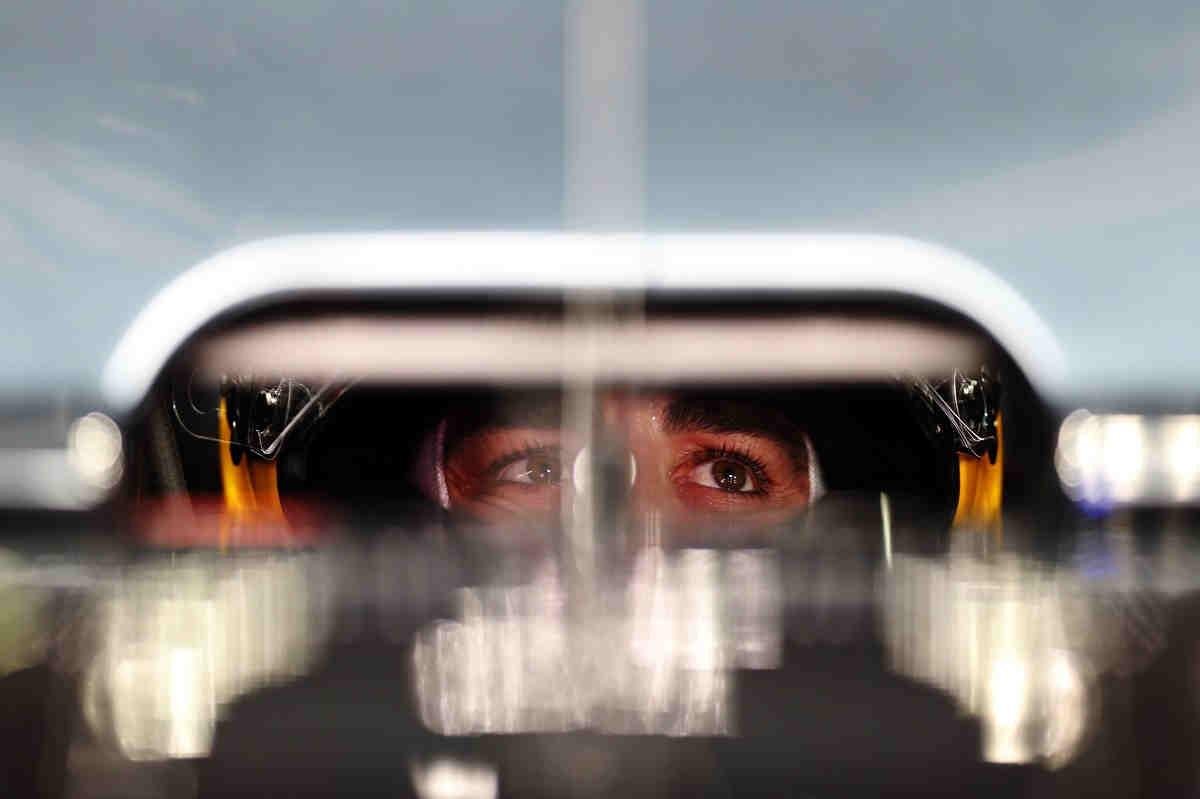 Para Alonso, Valentino Rossi es un modelo a seguir