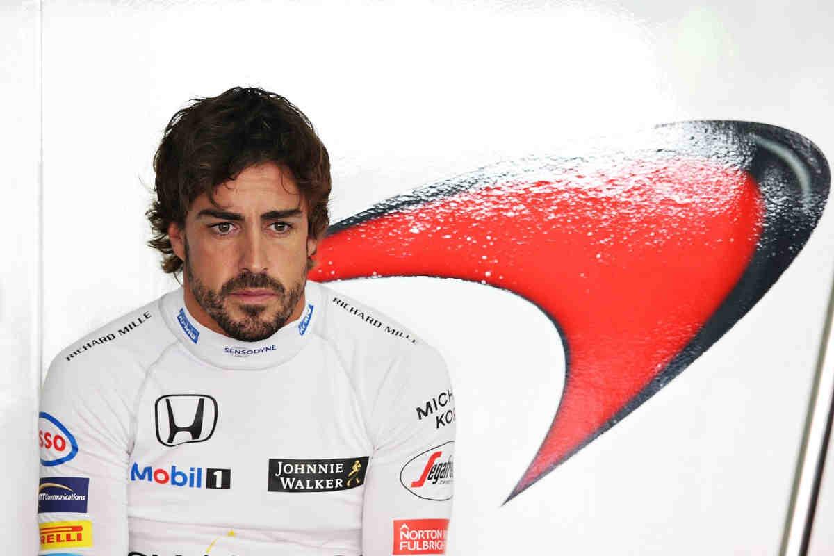 Alonso se da por vencido con la FIA