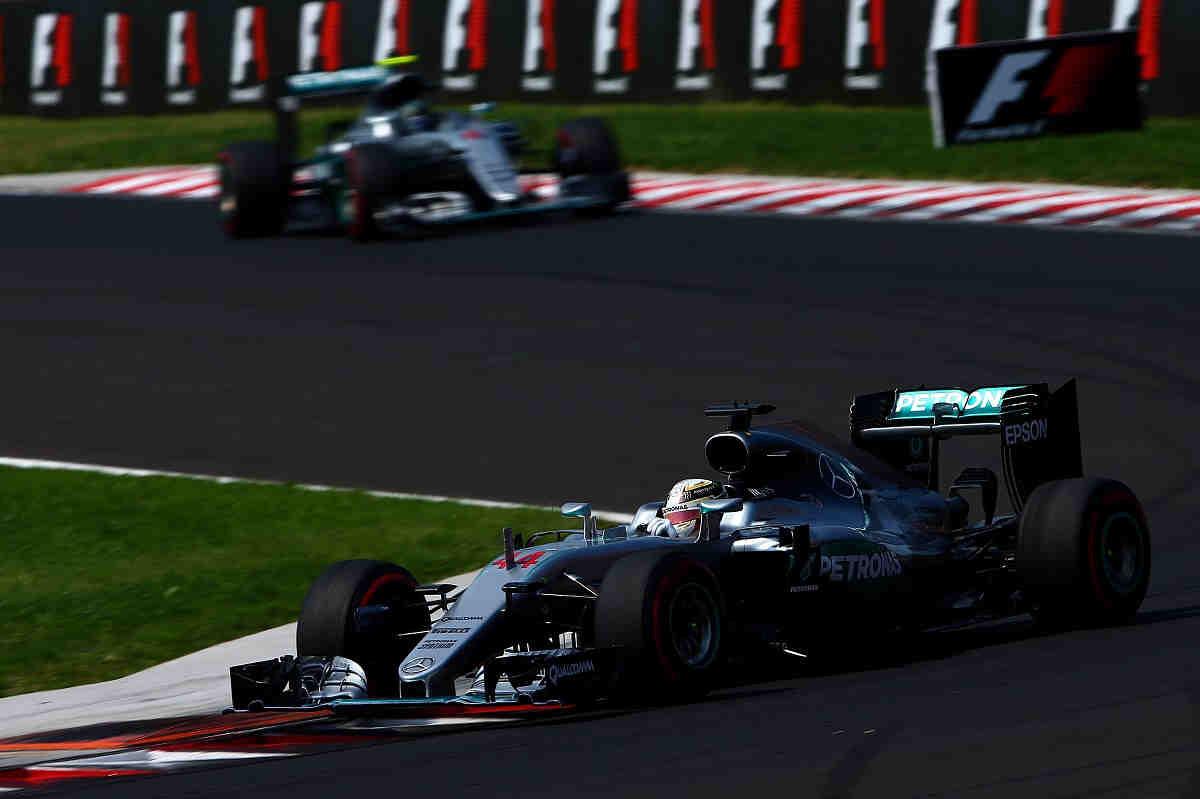 """Hamilton: """"Esta temporada con Mercedes ha sido incómoda"""""""