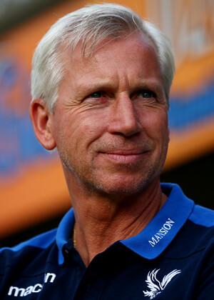 Alan Pardew, entrenador del Crystal Palace