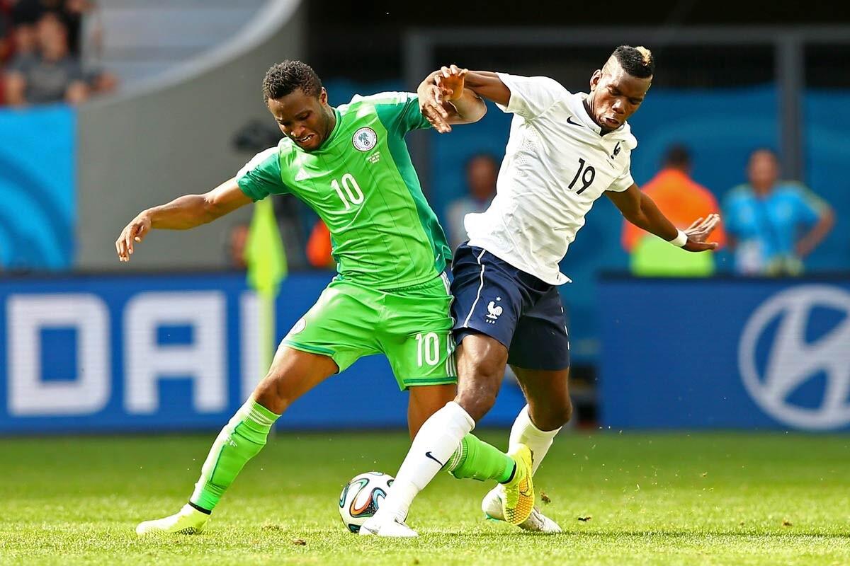 John Obi Mikel y Paul Pogba