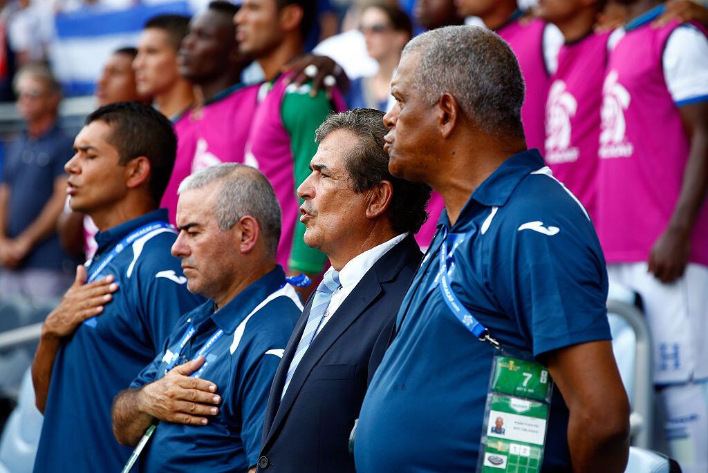 Pinto le respondió a Maradona