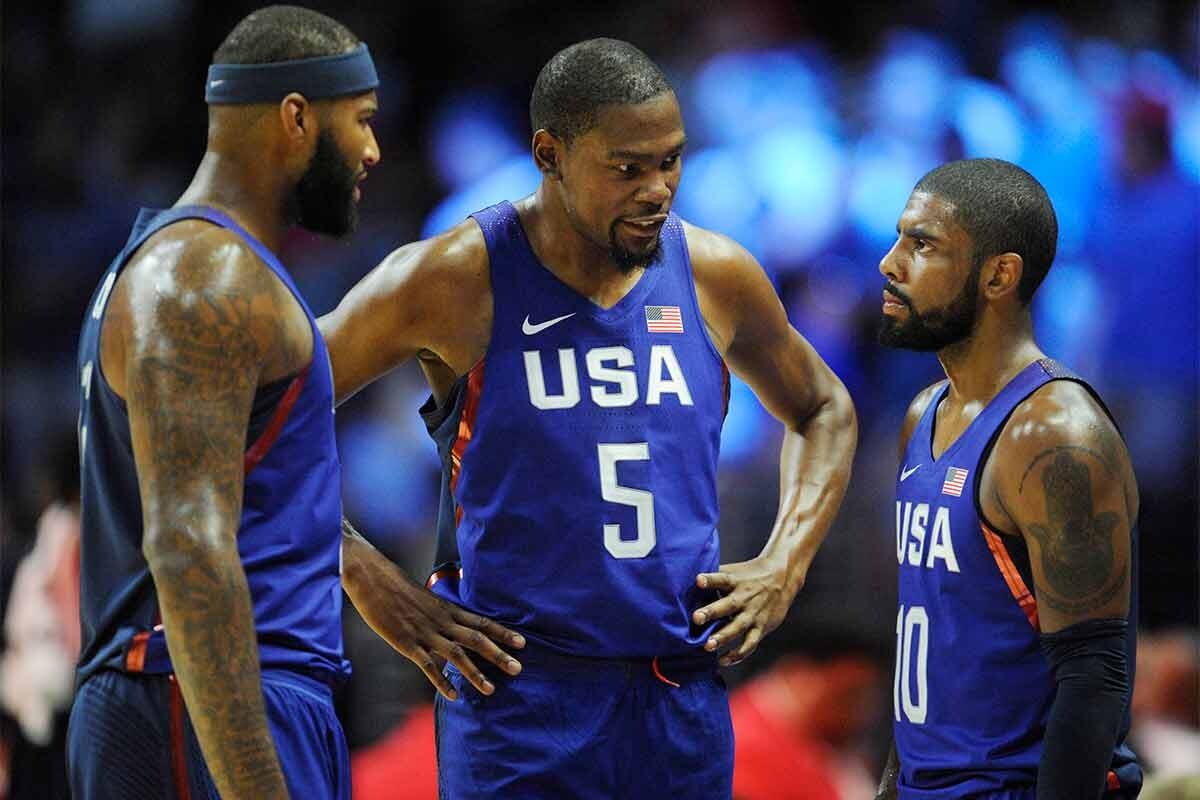Durant, Irving y Cousins, en un partido del Team USA