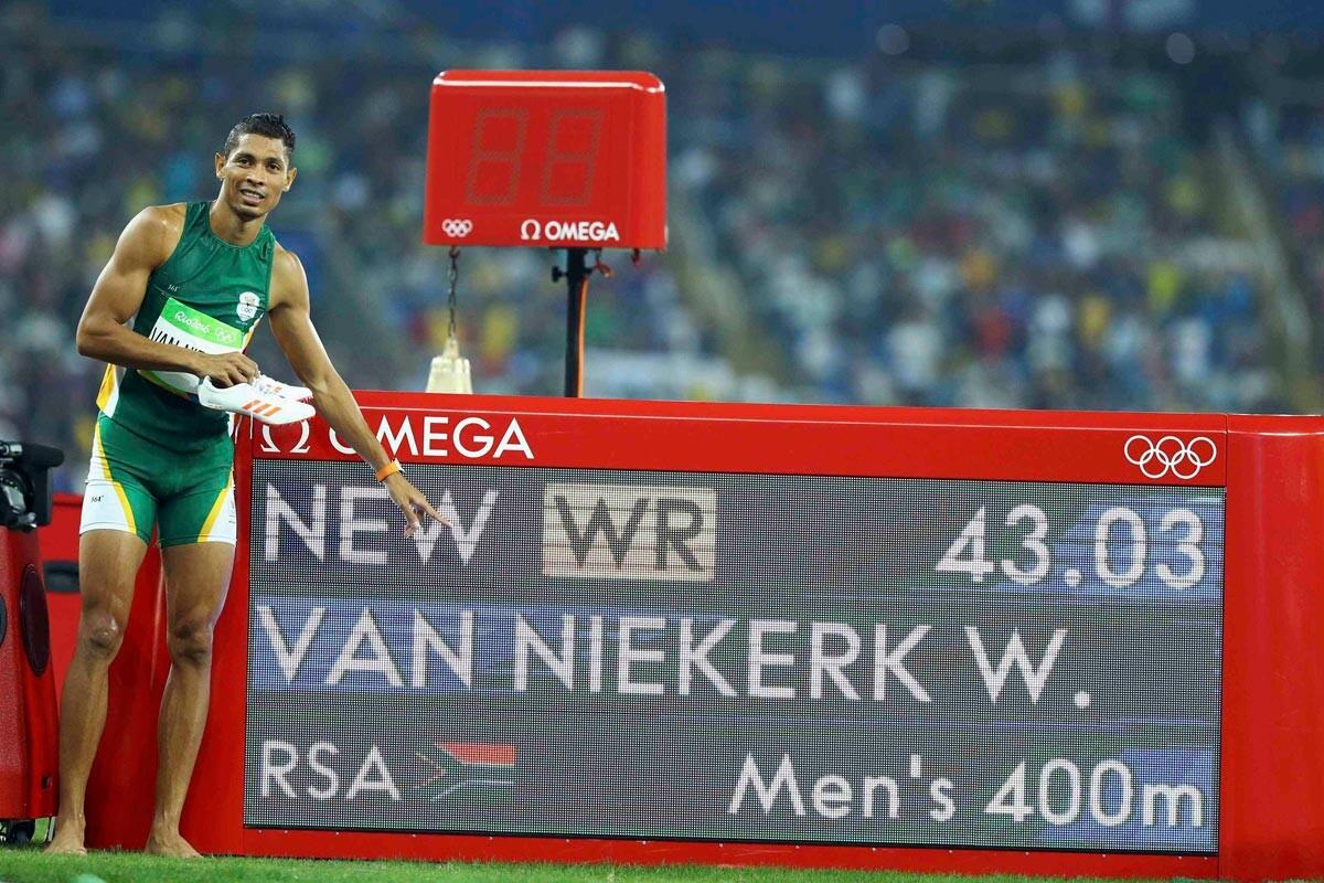 Van Niekerk, récord de los 400m