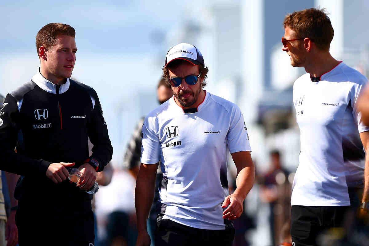 Dilema en el equipo McLaren: ¿Button o Vandoorne?