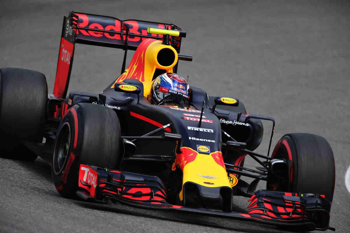 Red Bull tiene como meta emular al equipo Mercedes