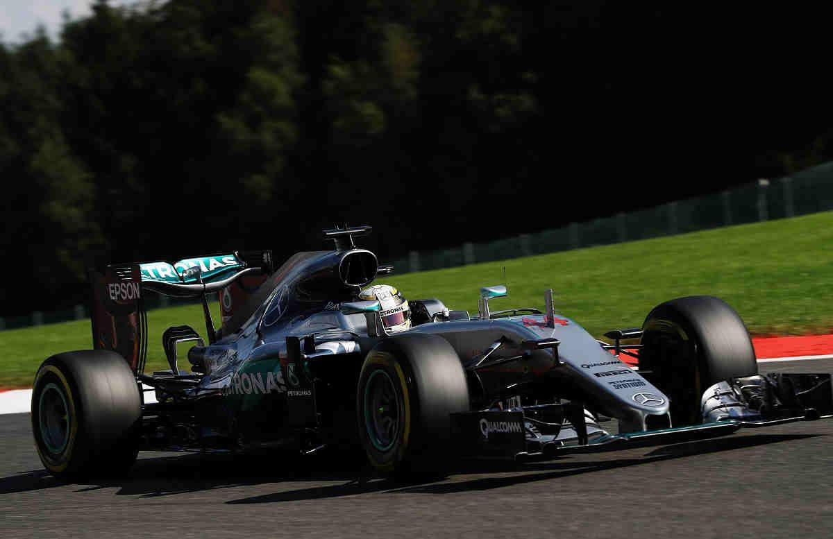 Hamilton, sancionado con 25 puestos más tras un nuevo cambio de motor