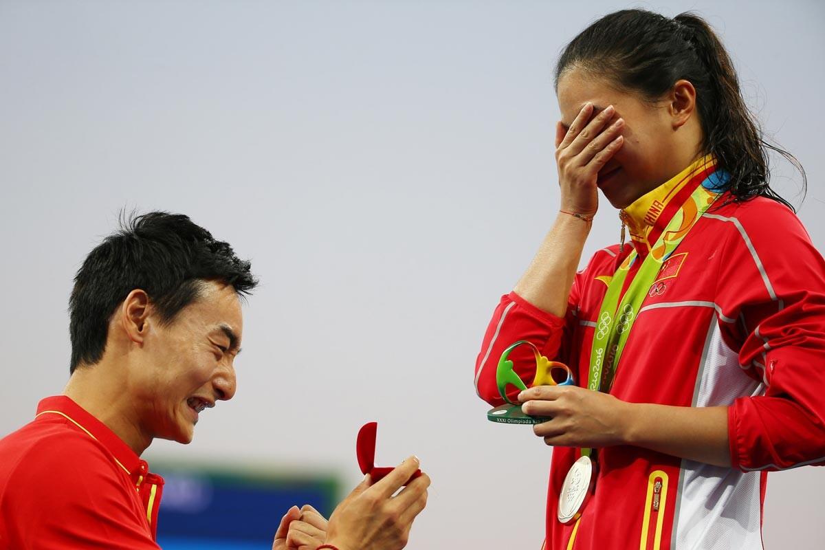 He Zi recibe la propuesta de matrimonio
