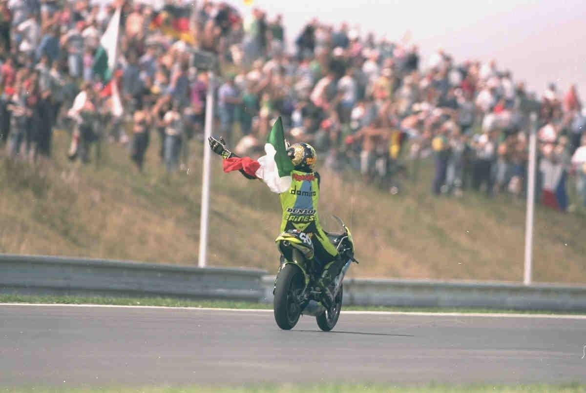 Rossi, contigo empezó todo: 20 años de su primera victoria en el Mundial
