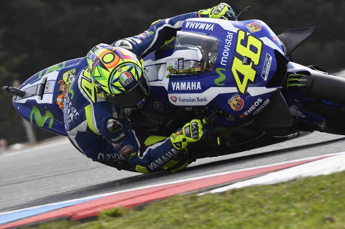 Rossi, satisfecho por adelantar a Lorenzo en el campeonato