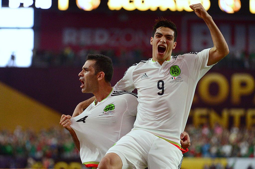 Jiménez abandona la selección mexicana por lesión