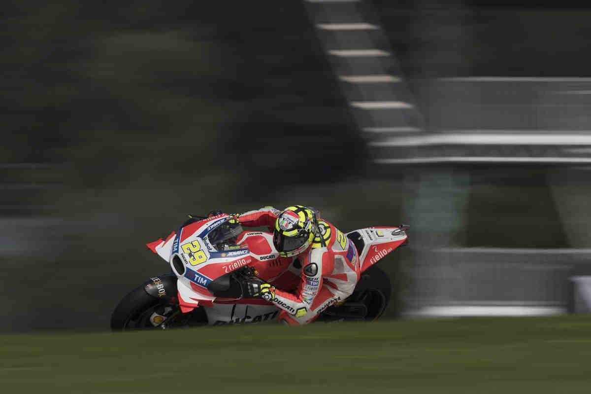 Iannone certifica la competitividad de Ducati en el FP2 de MotoGP