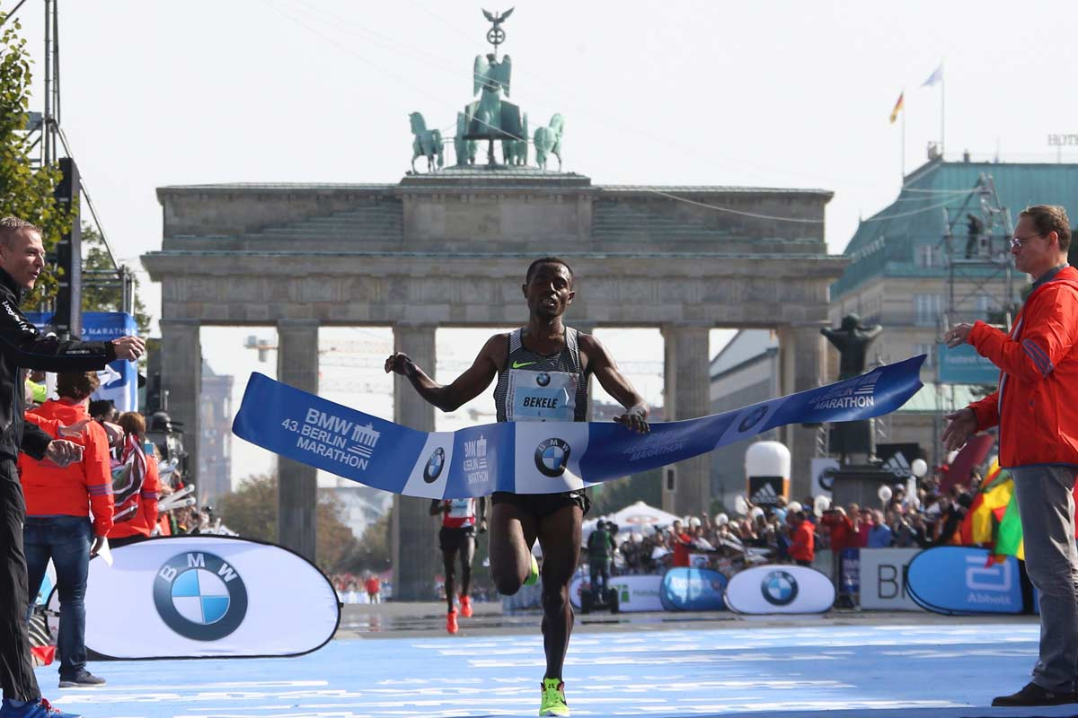 Kenenisa Bekele gana el Maratón de Berlín