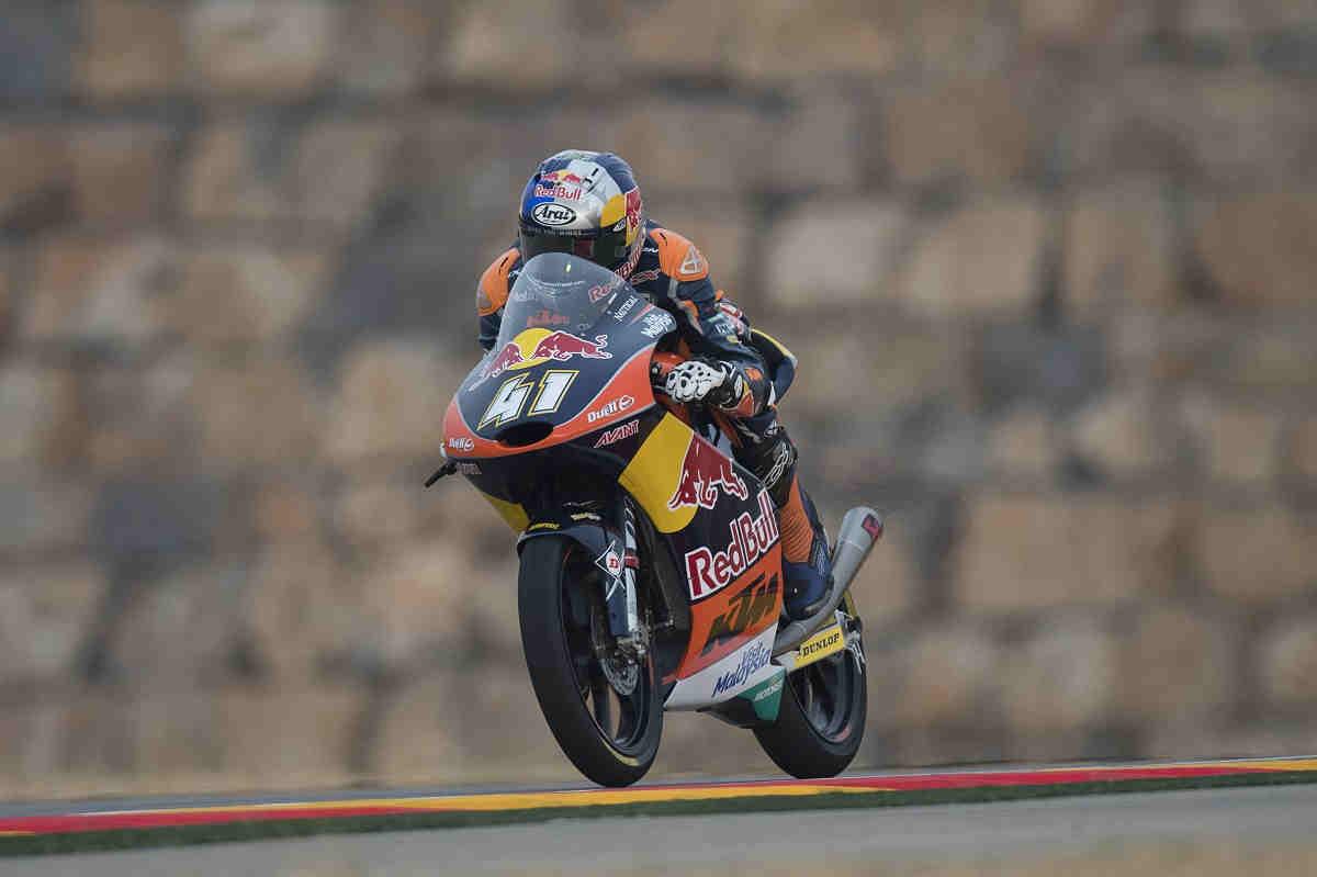 Binder, campeón del mundo de Moto3 2016 en Motorland y Lowes gana en Moto2