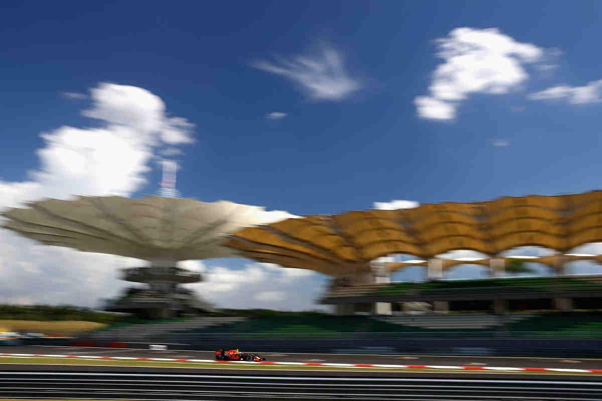 Aluvión de quejas por la modificación de la última curva de Sepang
