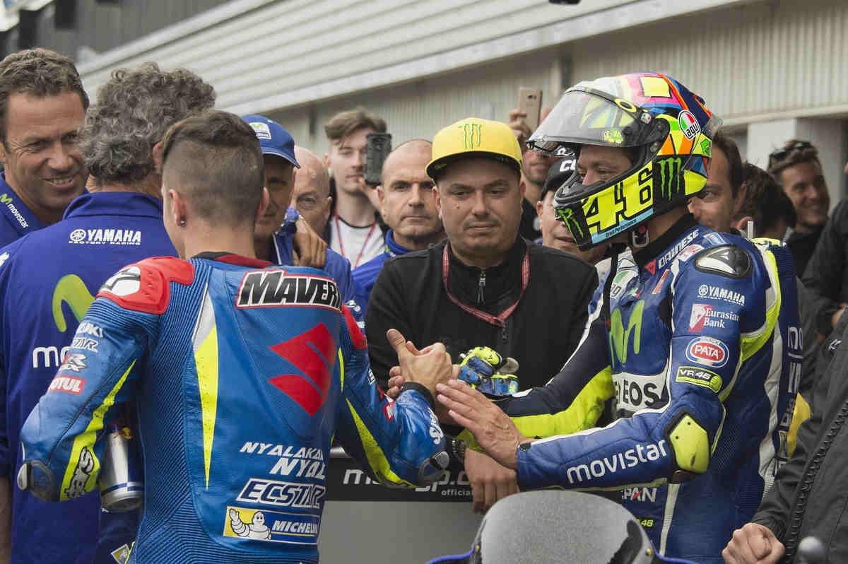 """Rossi: """"El final ha sido muy divertido con Márquez, no como en Sepang"""""""