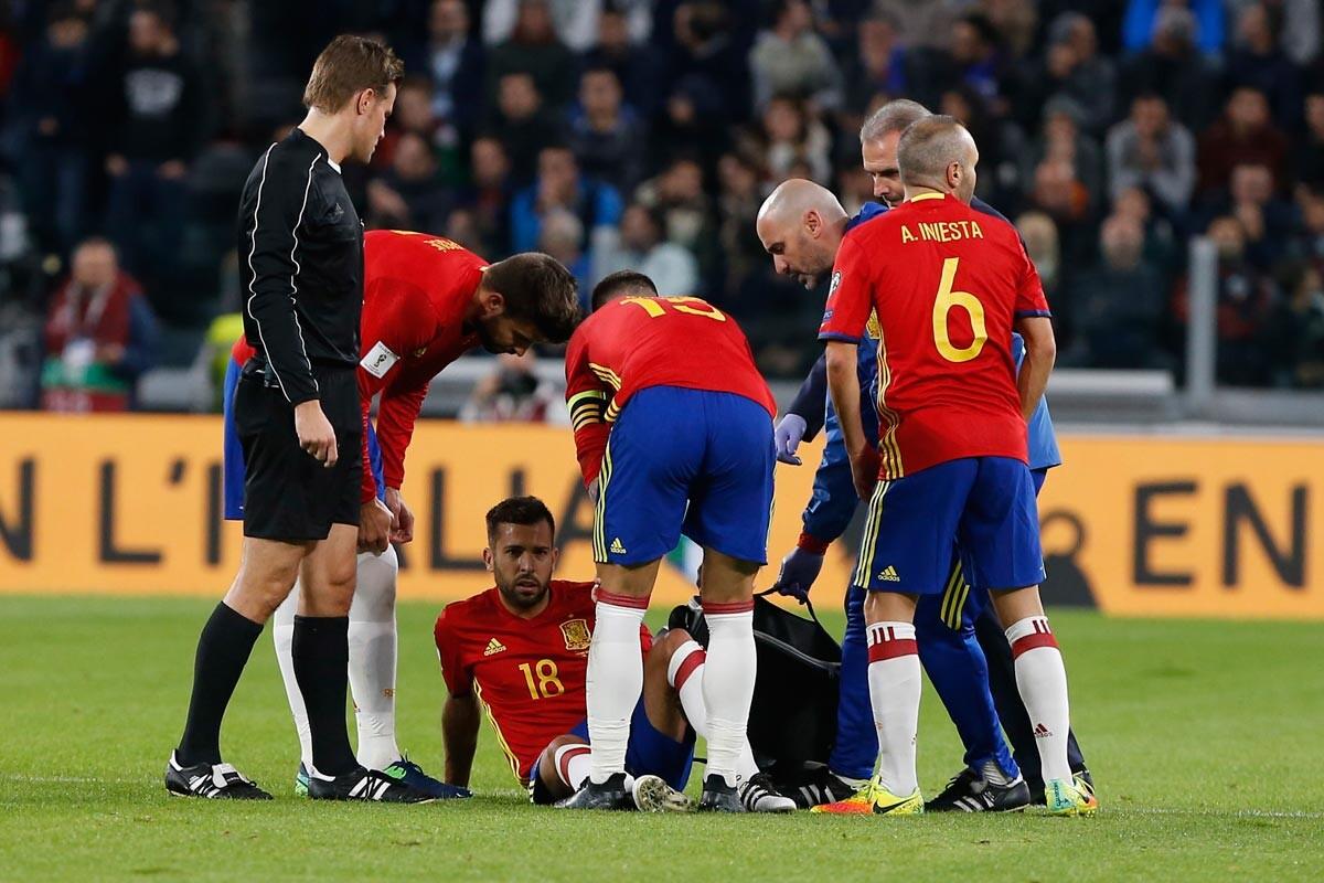 Jordi Alba se lesiona