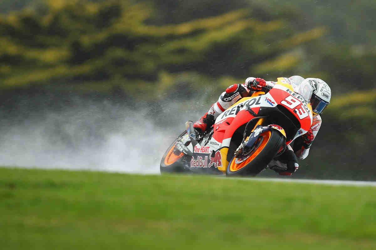 Márquez arrasa en la Q2 de MotoGP