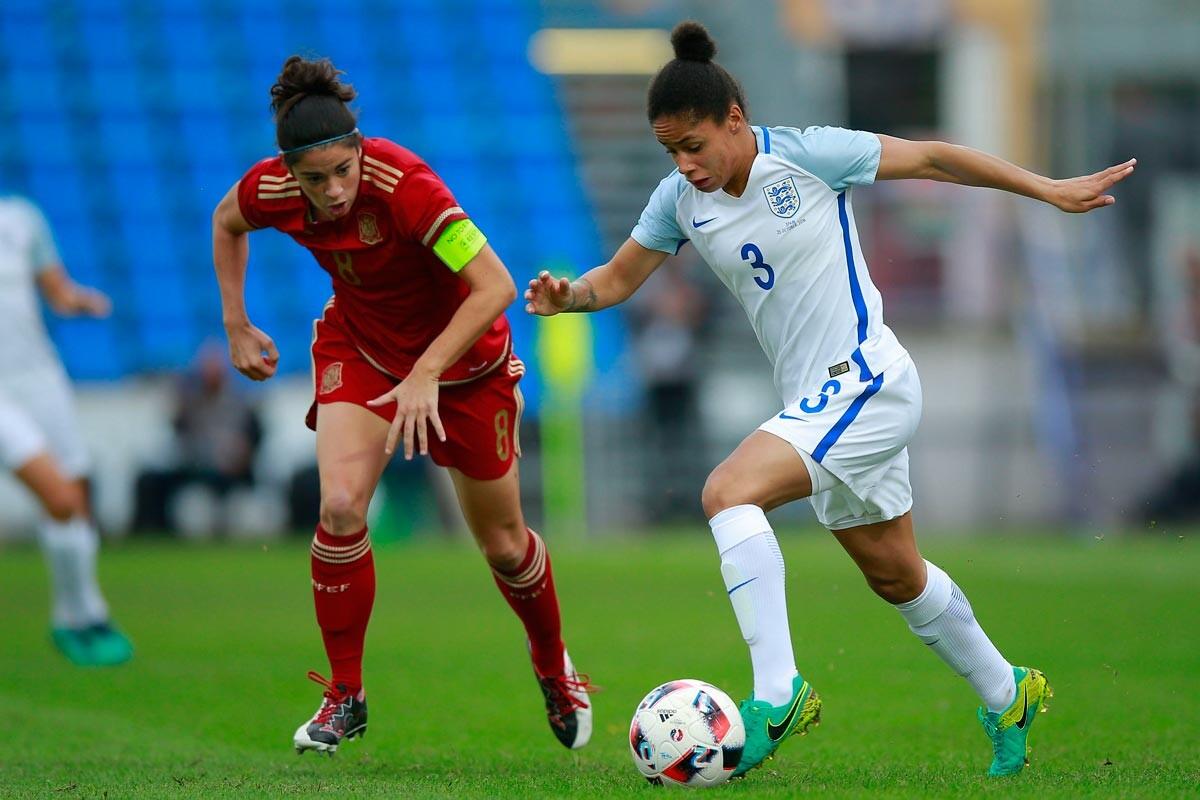 Marta Torrejón ante Inglaterra