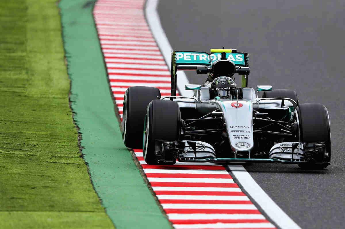 Rosberg mantiene el pulso a Hamilton en los libres 2 de Suzuka