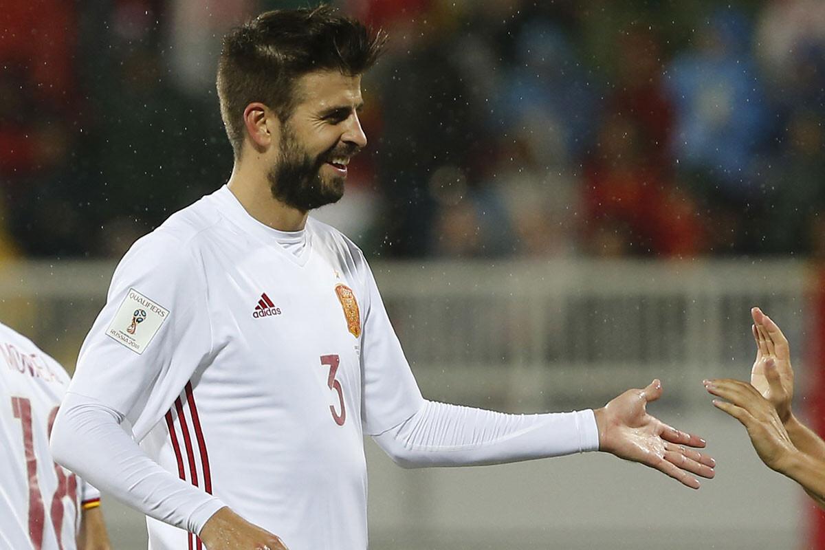 Piqué ante Albania