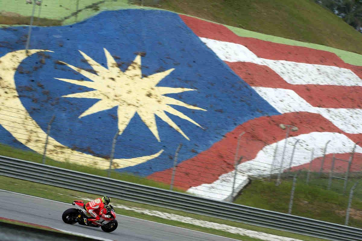 Los pilotos de MotoGP también se quejan por la última curva de Sepang