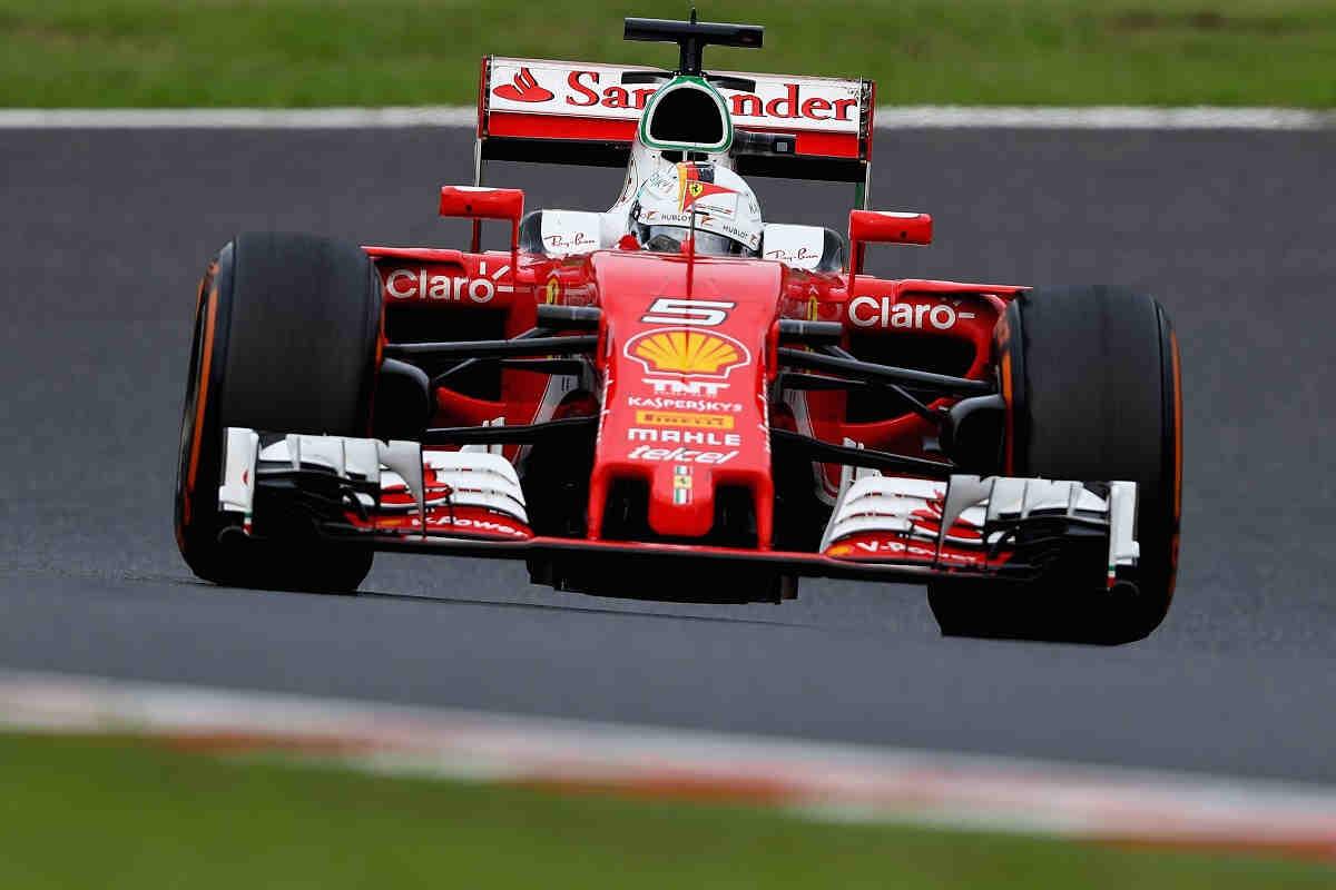 Vettel califica de injustas las constantes críticas a Ferrari