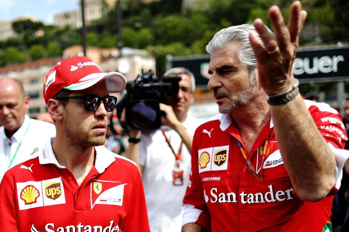 Vettel y Arrivabene, en Mónaco