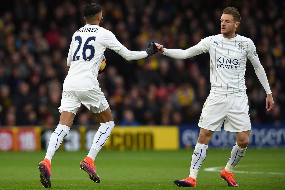 Jamie Vardy y Riyad Mahrez. del Leicester City