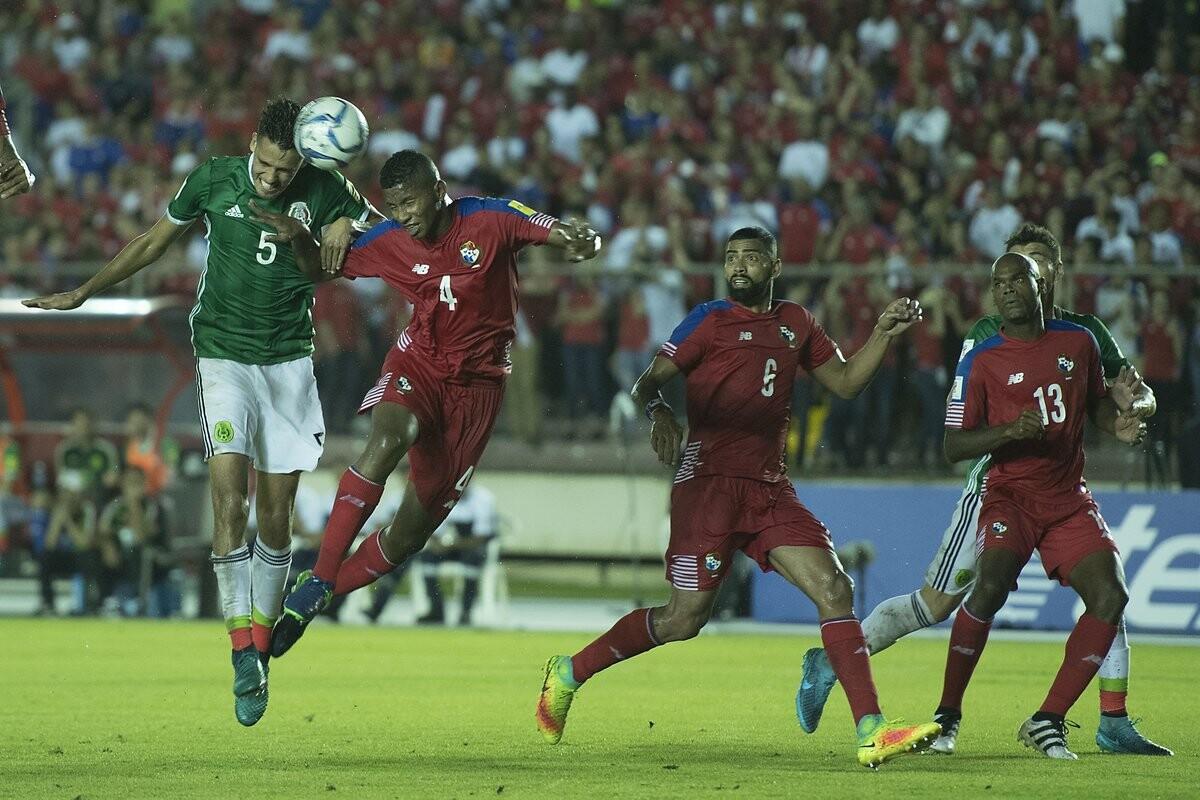 Panamá empata con México