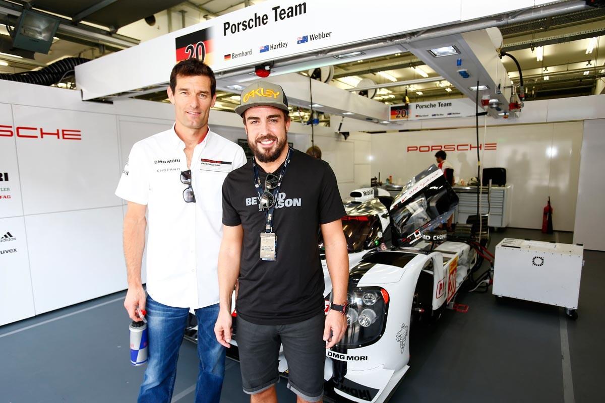 Fernando Alonso y Mark Webber en las 6 horas de Bahrein