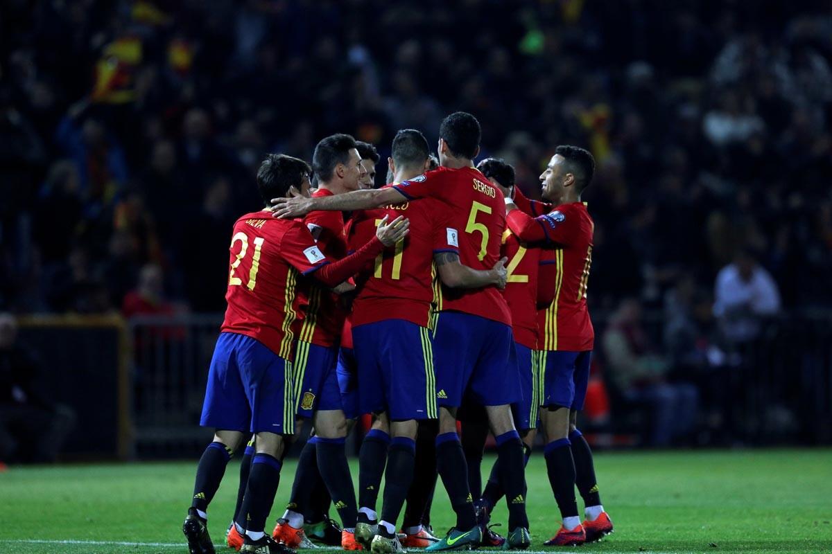 España gana 4-0 a Macedonia