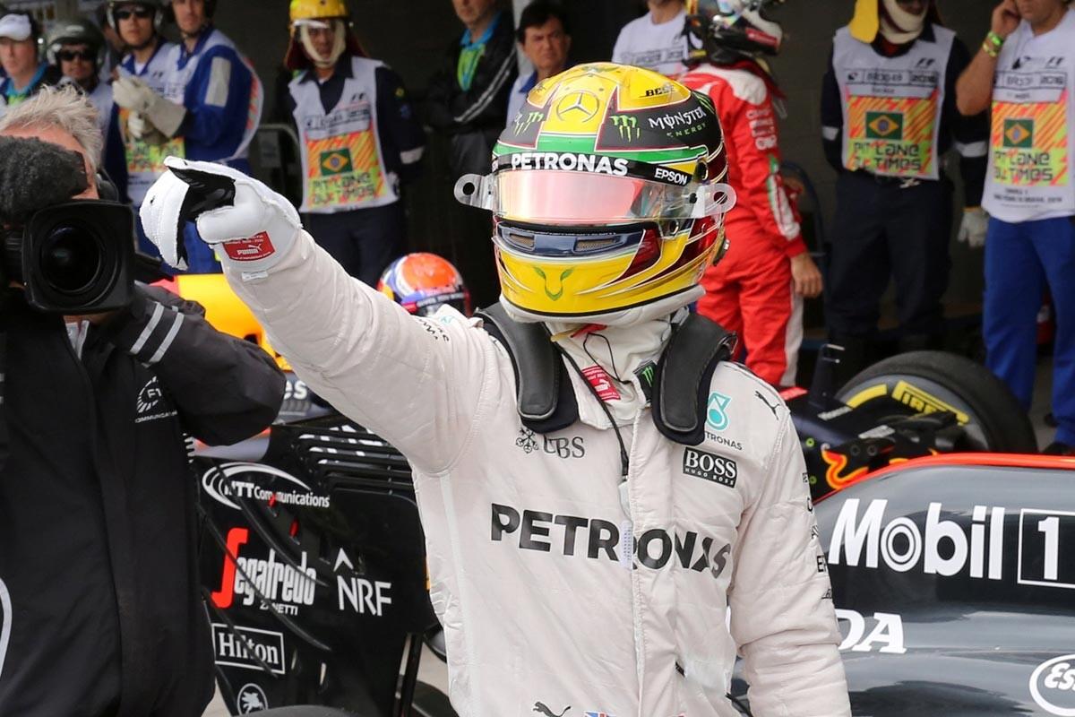 Lewis Hamilton, pole en Brasill