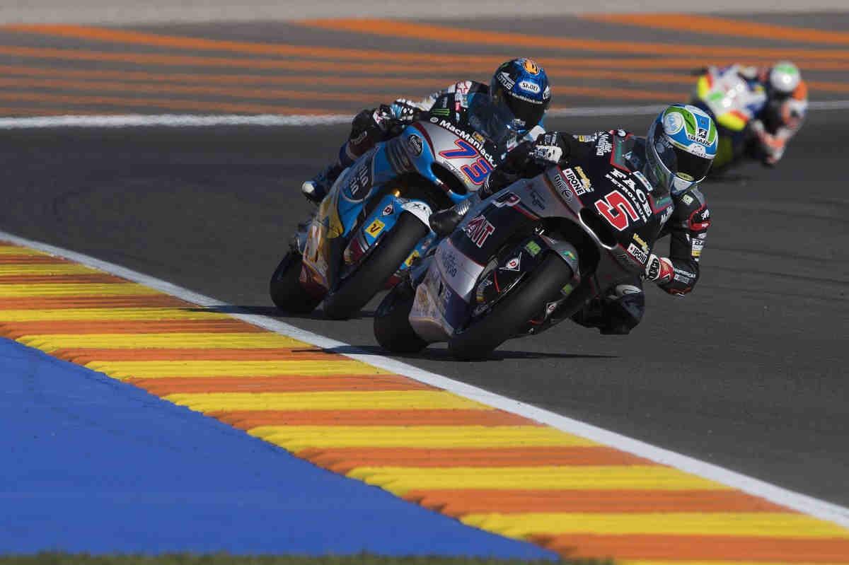 Zarco, último 'backflip' en Moto2 tras ganar en Valencia