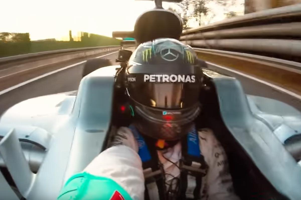 Nico Rosberg se hace un selfie