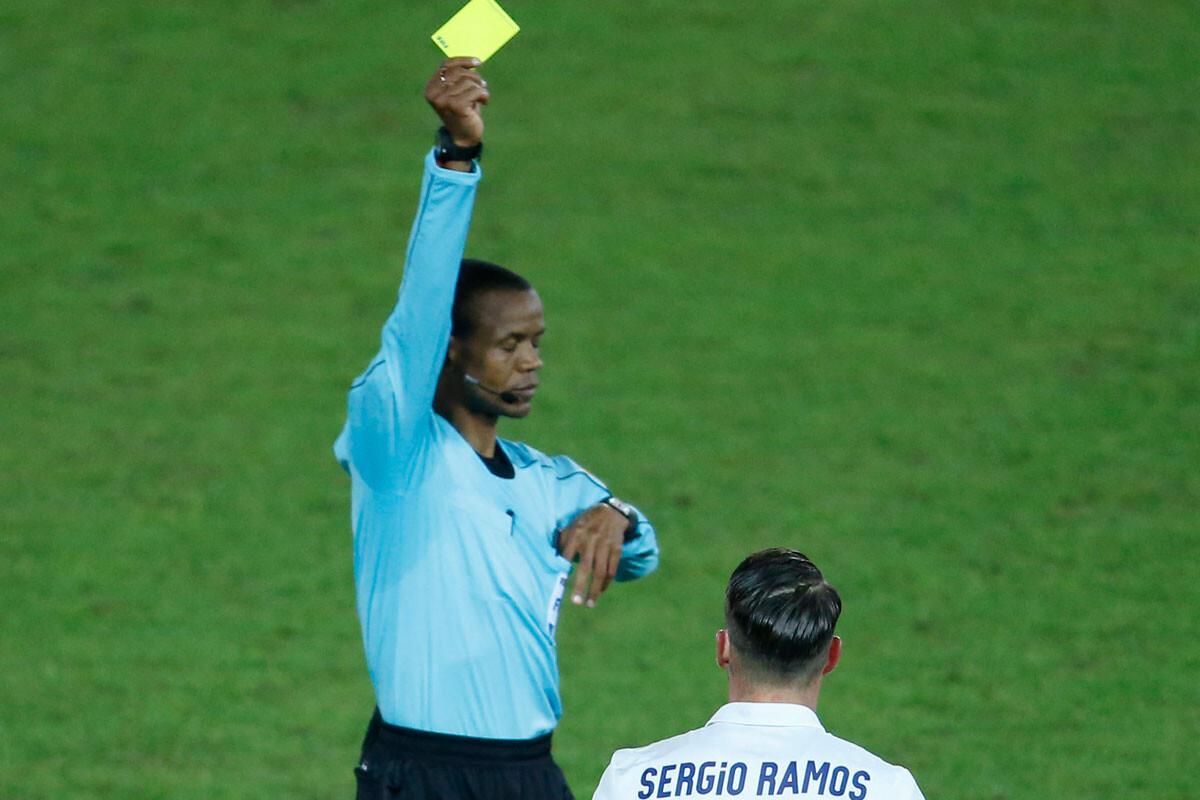 Tarjeta a Sergio Ramos