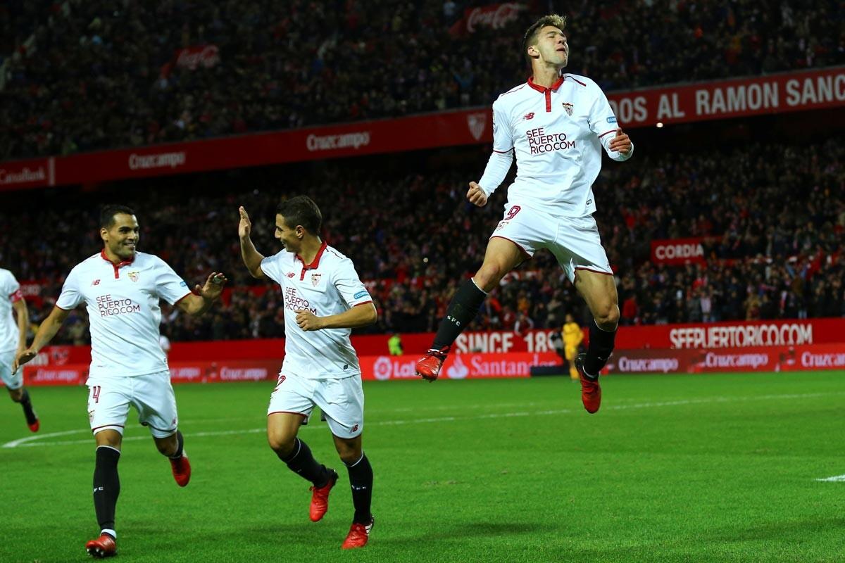 Vietto celebra un gol