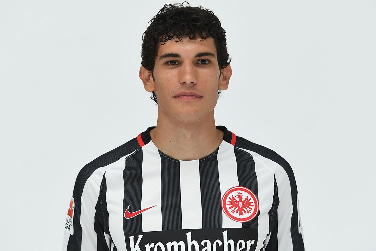 Jesus Vallejo, del Eintracht de Franfkurt