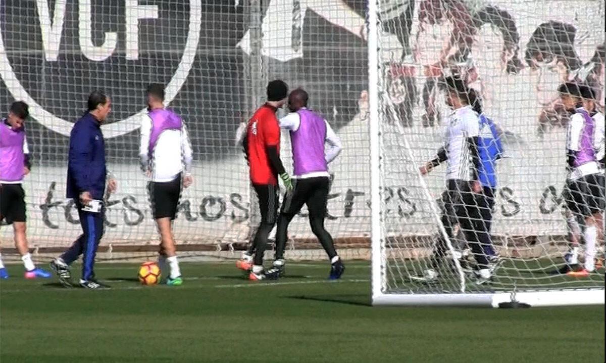 Eliaquim Mangala Valencia CF