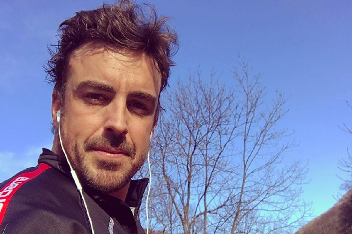 Fernando Alonso, en una salida en bici
